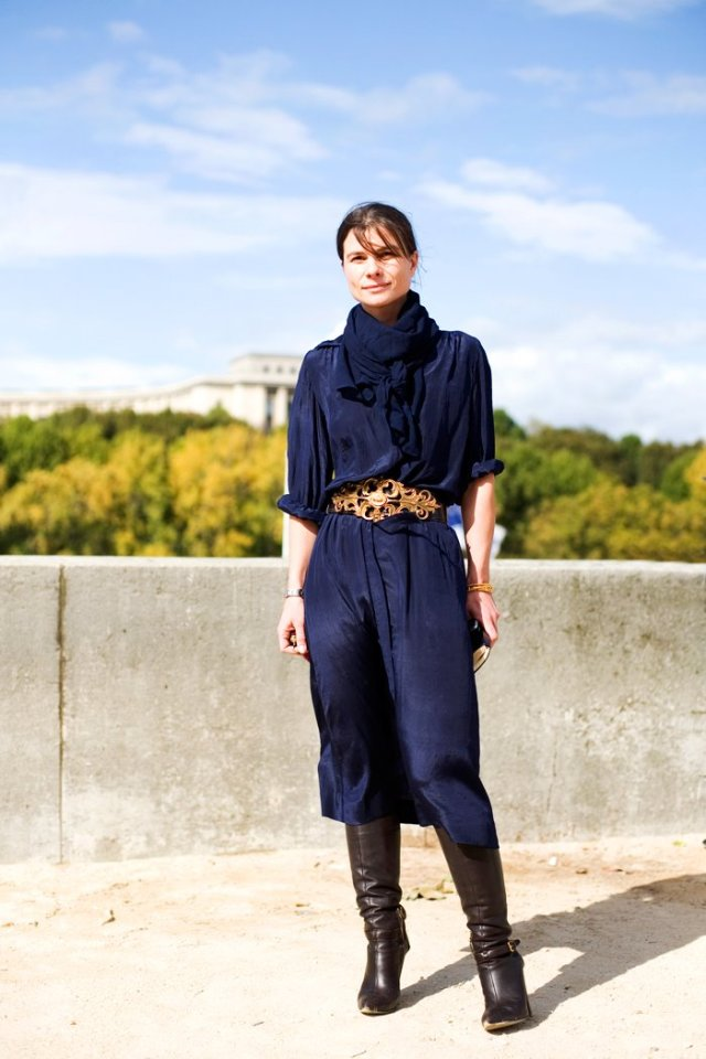 navy_blue_black_and gold