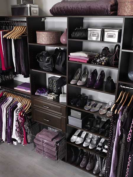 color_coordinated_closet