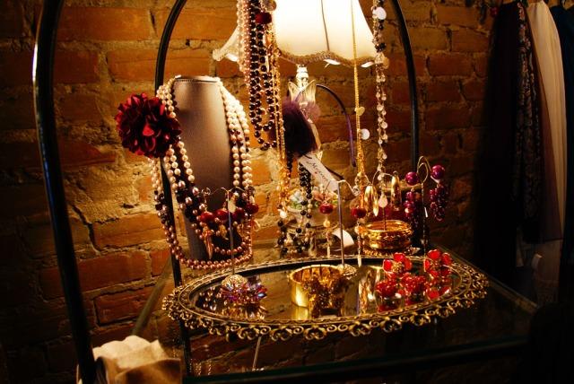 jewelry_maskarad