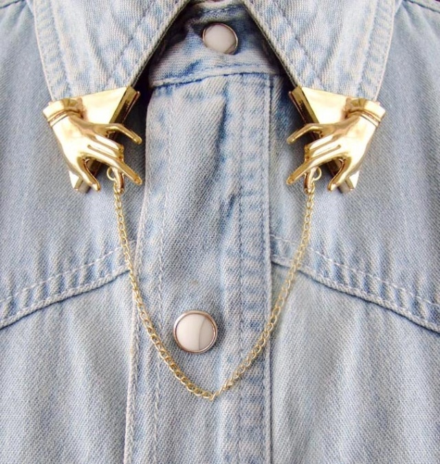 paisie_vintage_style_golden_metal_collar_insert_young_republic